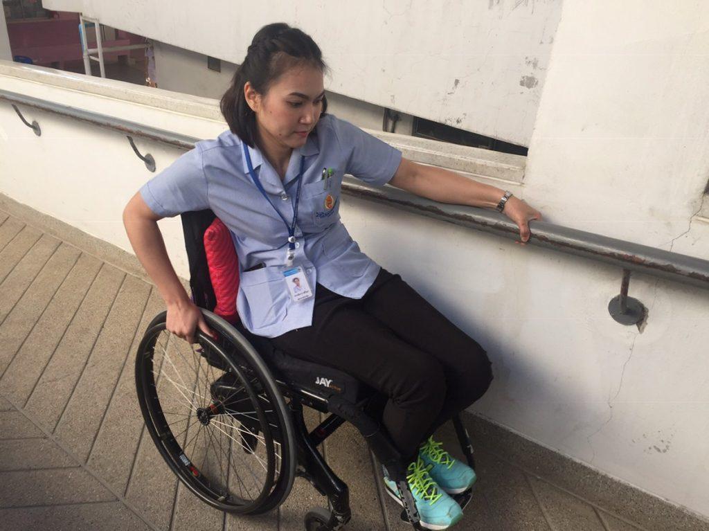 chiang mai citynews inspiring story of nurse in wheelchair